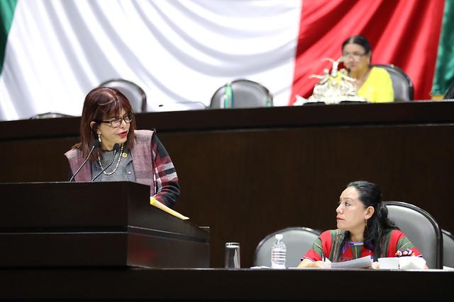 22/10/2019 En Tribunal Dip Claudia Yáñez