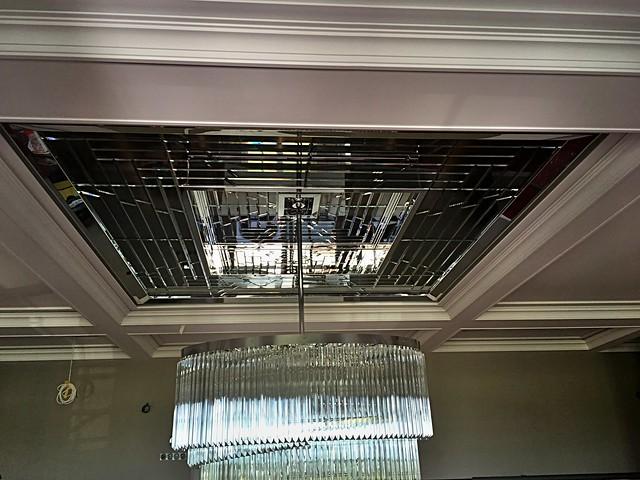 fazetované sklo strop