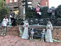 Georgetown house decorated for Halloween