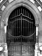 Gates to Paradise   Pictures of a Church Building