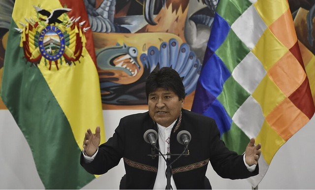Após cinco dias de apuração, Evo Morales é reeleito presidente da Bolívia em 1º turno