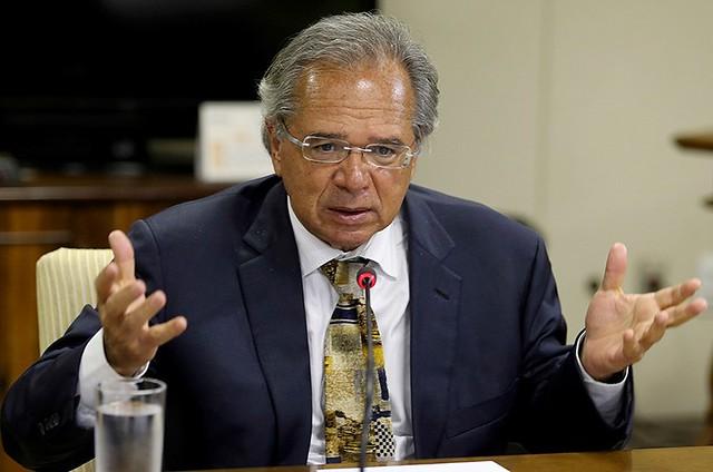 O ministro da Economia, Paulo Guedes, prossegue com a política de desmonte do estado e das garantias constitucionais - Créditos: Agência Brasil