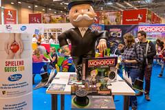 Großer Monopoly Voice Banking Aufsteller auf der Spiel Messe in Essen