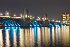 Hunts Photo Walks: Longfellow Bridge & Museum of Science at Night