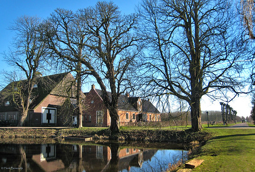 Groningen: Borg Ewsum schathuis en schuur