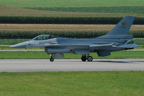 FA-118 - F-16A BelgianAC unmarked 040902 Payerne 1001