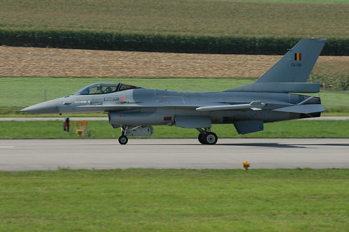 FA-118 - F-16A BelgianAC unmarked 040902 Payerne 1002