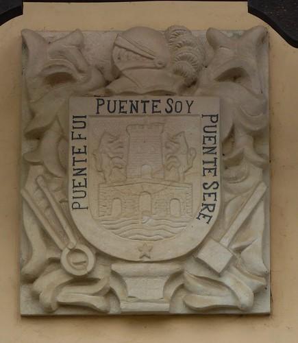 Guriezo  (Cantabria-España), Escudo en casa de El Puente