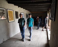 Tourists at Leh Palace 9487