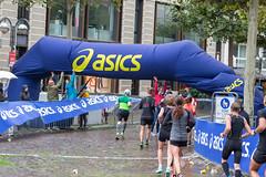 ASICS Aufbau als Sponsor des Frankfurter Marathons