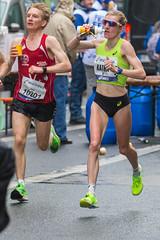 Katharina Steinruck erfüllt die Olympia-Norm beim Frankfurt Marathon und knackt ihre Bestzeit