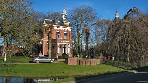 Groningen: Middelstum, villa Mentheda
