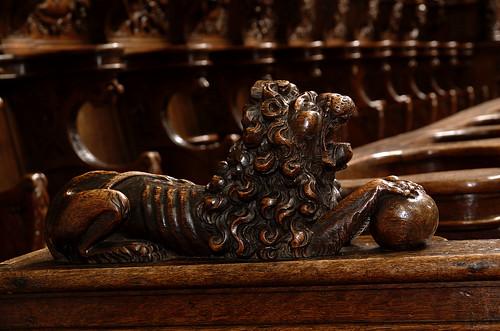 Veurne, West-Vlaanderen, St.-Walburgakerk, St.-Catharinakapel, stalls, lion