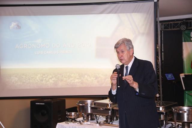 25/10/2019 Entrega Título Agronômo do Ano - Sociedade de Agronomia de Santa Maria