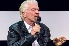 Richard Branson erklärt seine Vision auf der Digital X in Köln