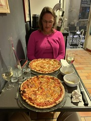 Kate and I end up going to one of the best pizzerias in Avignon because they have sheep cheese pizza, which Kate can eat - Photo of Morières-lès-Avignon