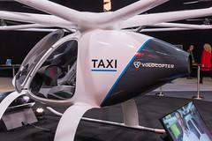 Volocopter Taxi von der Seite mit Einblick in den Innenraum