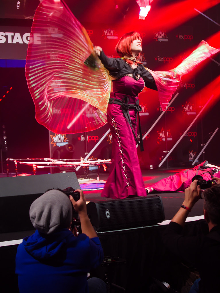 related image - Sunday Masquerade & Cosplay Contest - MCM London Comic Con -2019-10-26- P1899822