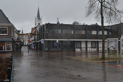 Centrum van Ommen in de regen (135FJAKA_2945)