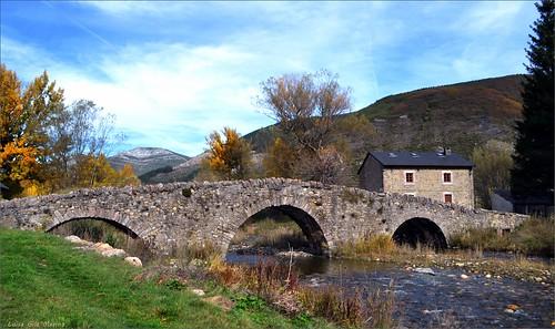 Puente de Los Campos en Lugueros -  (León)