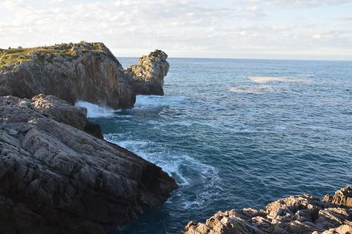 La costa en Castro Urdiales (Cantabria, España, 29-9-2019)