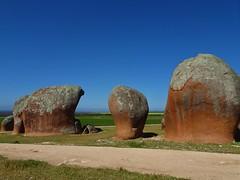 Streaky Bay. Eyre Peninsula. Granite inselbergs known as Murphy's Haystacks.