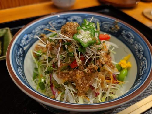 A very tasty little salad before tempura