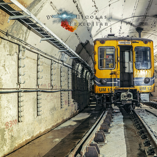 UM 12 abandoned in tunnel Lacarra - Virreyes   Line E