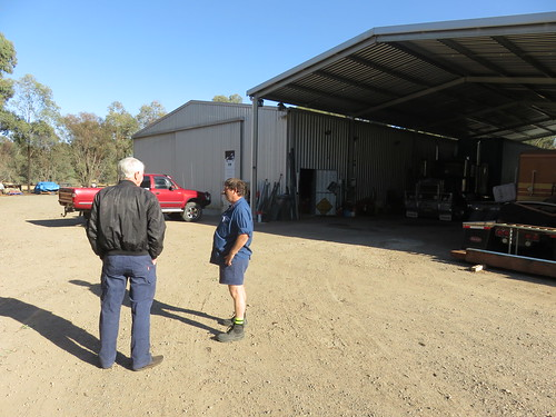 191029 Budgie and his workshop at Berrigan where we spent a couple of days preparing the Mogs for the trip south.