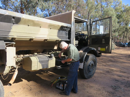 191029 Battery replacement on the tipper Mog at Berrigan