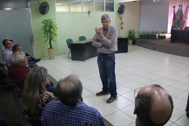 01/11/2019 Reunião com prefeito, presidente progressista e representantes da Associação dos Produtores atingidos pelas invasões indígenas - Sananduva