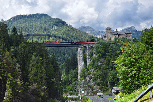 ÖBB 1116 with rjx 860 on Trisannabrücke with Schloss Wiesberg | Tyrol AUSTRIA