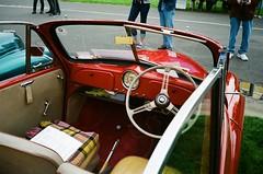 Morris Minor convertible (photo 2)