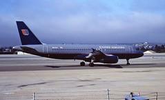 N414UA A320 United Monterey 02-08-1995