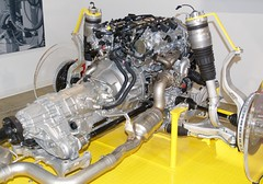 Engine and front wheels, Maserati sedan DSC_0763