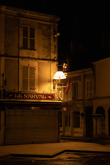 Issoudun closed pub front