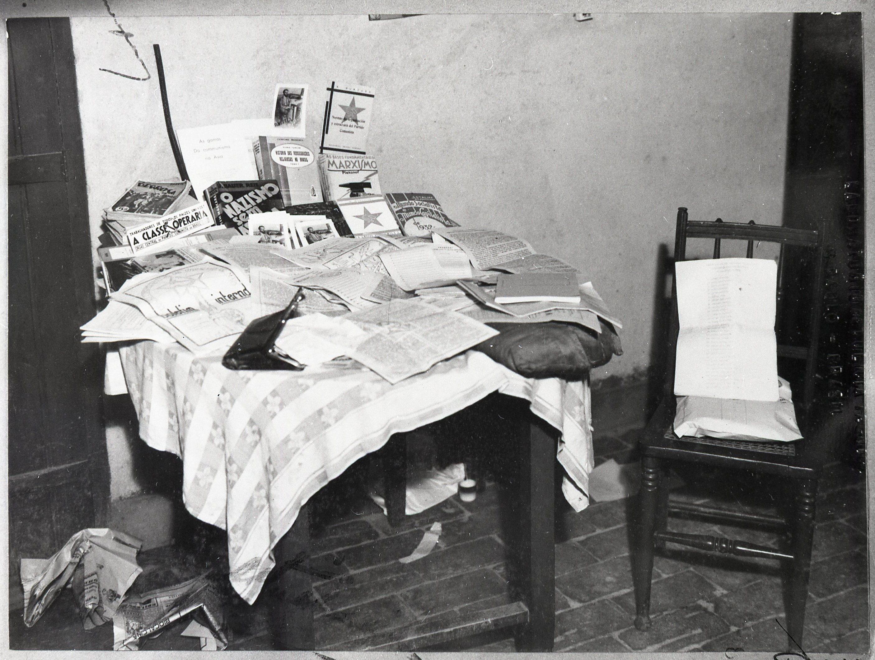 Material apreendido no aparelho de Marighella em maio 1936