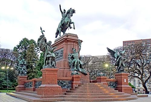 DSC01777 - Monument to General José de San Martín