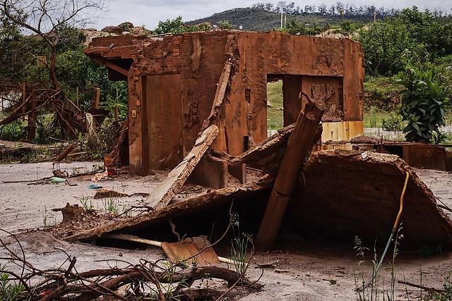Governo de MG e Fundação Renova escondem contaminação por metais pesados em Mariana