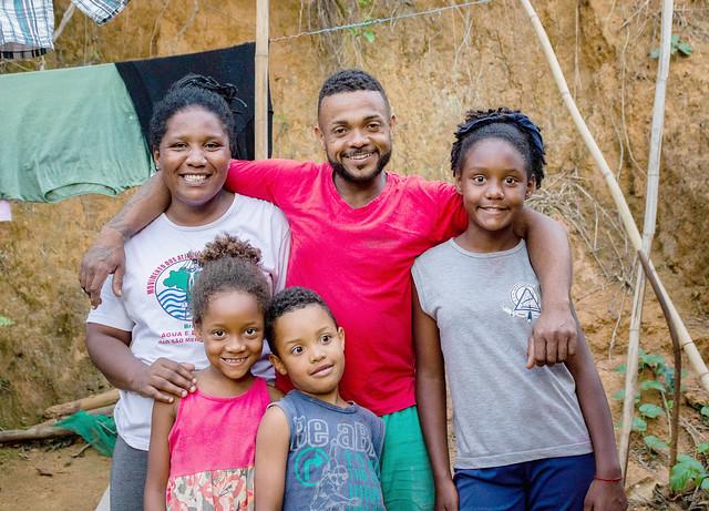 Cerca de 430 famílias continuam sem lar após crime da Vale em Mariana (MG) em 2015