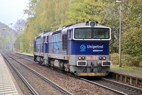 Unipetrol 753 715-2 & 753 741-8 als Doppel-Lz.