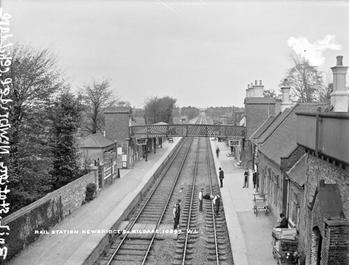 Newbridge railway station