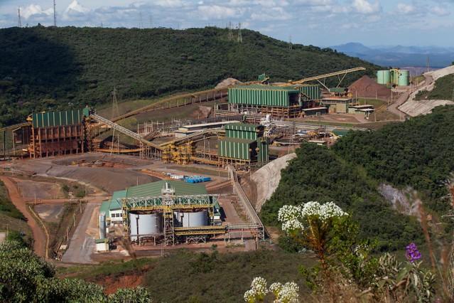 Sem garantir reparação, Samarco está autorizada a retomar operações em Mariana (MG)