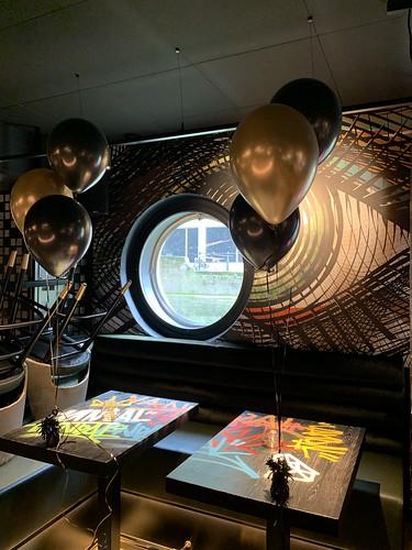 Tafeldecoratie 3ballonnen Vandal Rotterdam