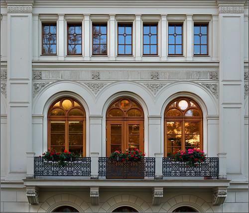 Kleine Semperope GR / Theater von Görlitz / Seitenansicht