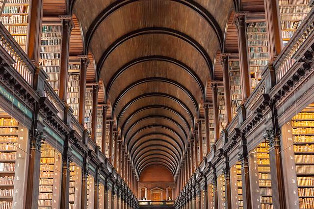 La vieille bibliothèque