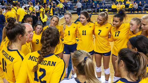 MGoBlog-JD Scott-University of Michigan-Volleyball-Michigan State University-11.6.19-2-53