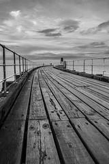 Whitby Pier Mono