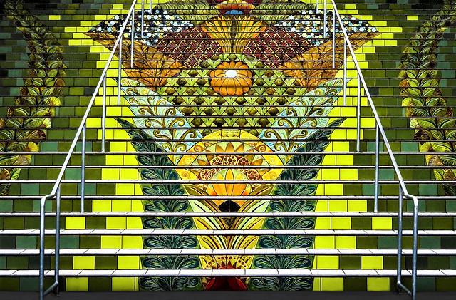 Escalier aux multiples couleurs