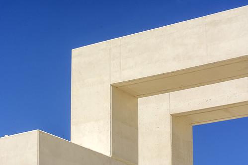 Geometry in white concrete (on Explore)